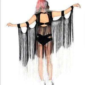 NWOT Iheartraves Ombre Fringe Wings
